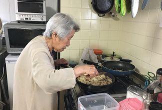 るつこ姉、留守中、朝の福音食堂休みのはずが…なんと和子メシ‼️お肉たっぷりチャーハン